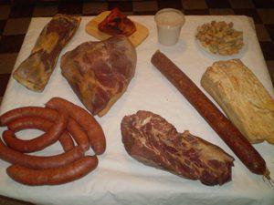 Házi füstölt hús készítmények